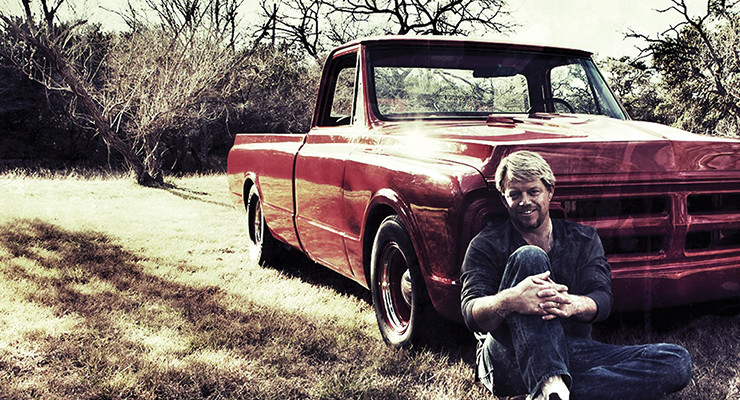 Pat Green coming to Johnny's Outback on April 18