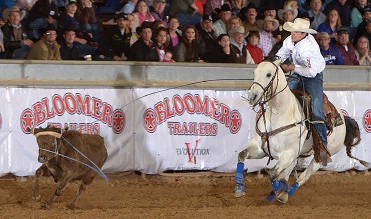 Wildfire Ranch welcomes best team ropers to Salado this weekend