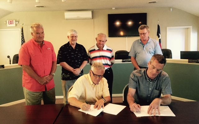 Stagecoach Agreements signed Salado Mayor Skip Blancett and Clark Lyda, principal investor of Stagecoach 1943 LP, sign the economic development agreements between the Village of Salado and Stagecoach Inn. Work on the historic restaurant is expected to begin later this summer. Phase I is anticipated to be a $1 million renovation of the restaurant and reconstruction of the former retail spaces on the west side of Main Street into the Longhorn conference center. Phase II is anticipated to be more then $4 million for renovation of the motel and grounds of the Stagecoach complex. (Courtesy Photo)