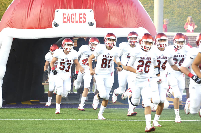 Eagles crush Trojans 33-0